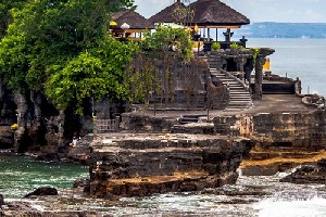 巴厘島叢林秋千+網紅瀑布+海神廟日落一日遊(含自助午餐+酒店接送)