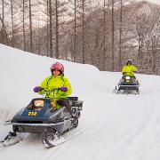 北海道札幌雪地摩托車+雪地漂流+雪屋BBQ燒烤一日遊(札幌市指定酒店接送)