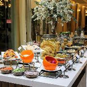 新加坡聖淘沙悅樂武吉士飯店Royal Taj自助晚餐